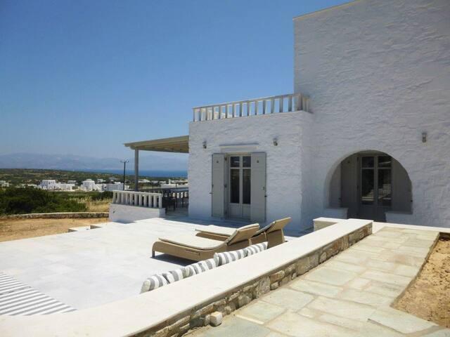 Paros, Kallia's Summer House