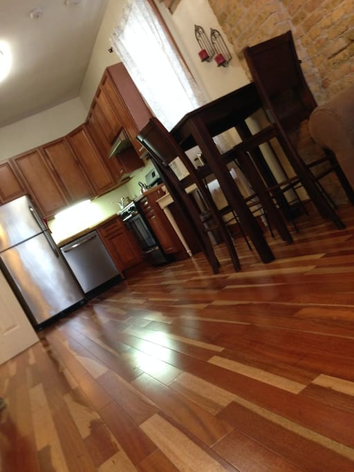 East Village Whole 2 Bedroom 1 Bath Apartments For Rent In Chicago Illinois United States