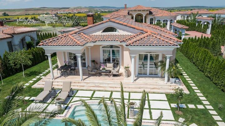 Luxury 2 bedroom villa in Sunny Beach, Eden Park