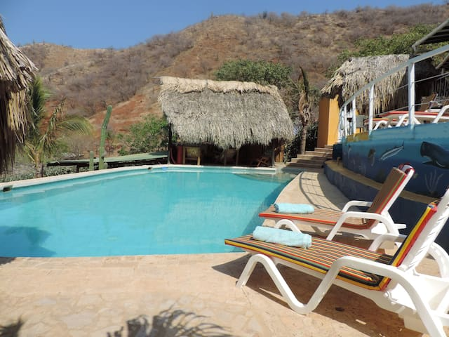 CASA LOS CERROS with POOL TAGANGA - Santa Marta - Cottage