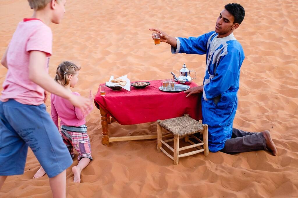 Serve Tea hospitality