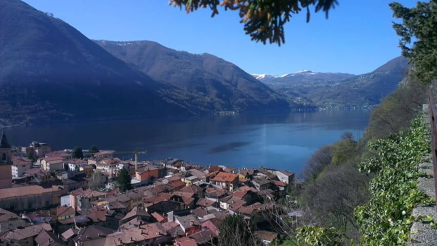 charming private studio. parking. garden-Lake 2min - Porlezza - Apartament
