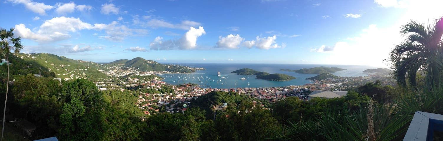 Cozy Space with Incredible Views - Charlotte Amalie - Apartment