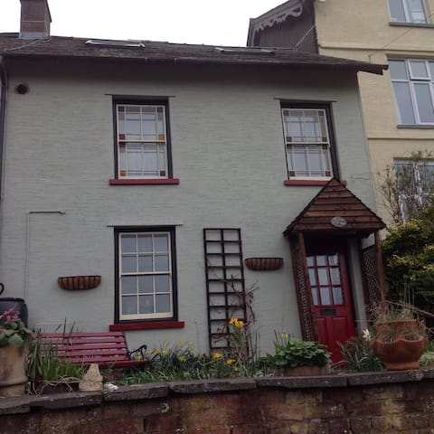 Flamingo room-Double room Builth Wells, midd Wales