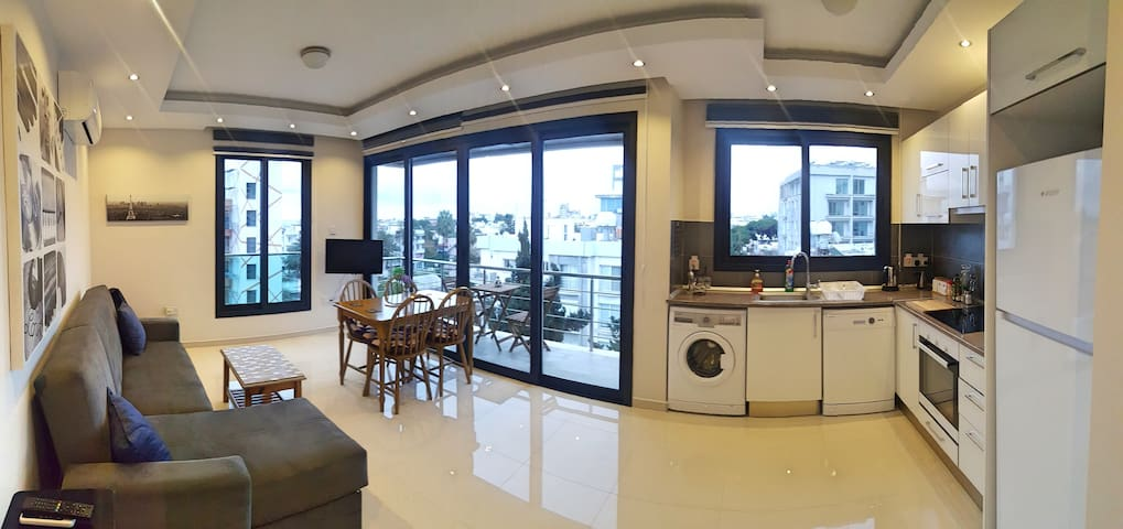 Perfect 2 Bed Apartment New in Kyrenia Centre