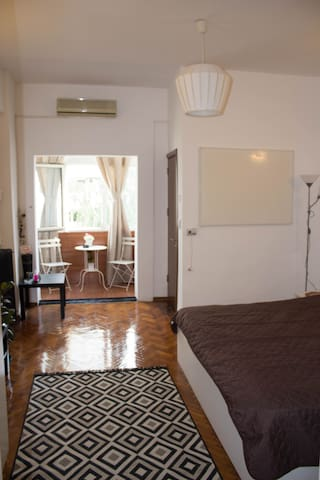 Comfy studio downtown Bucharest Victoriei Radisson