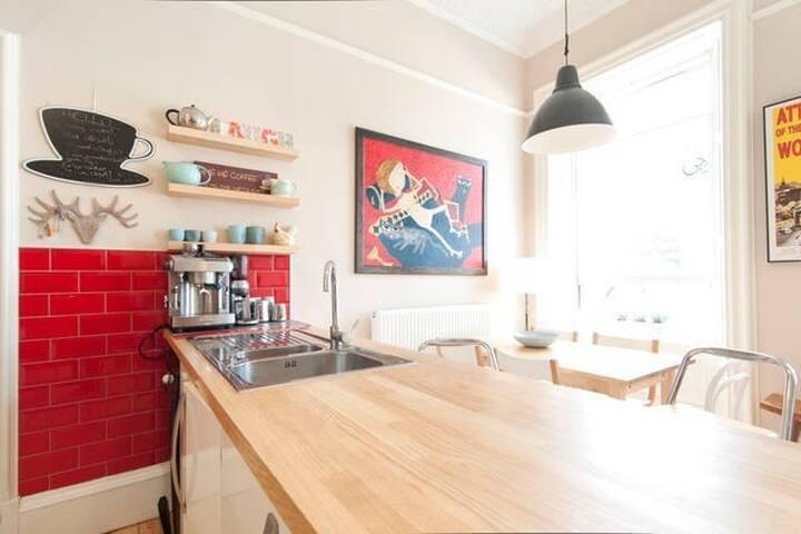 Single light n lovely room (blue) with fab view - Edimburgo - Appartamento