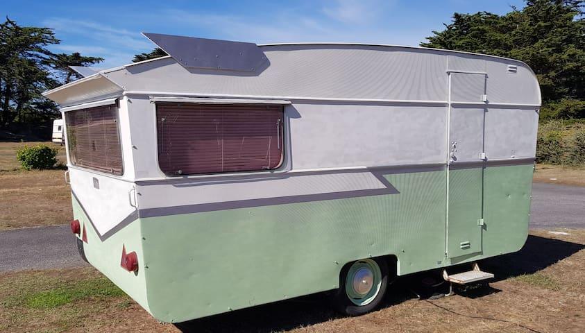 American Dream Diner - caravane esprit années 50