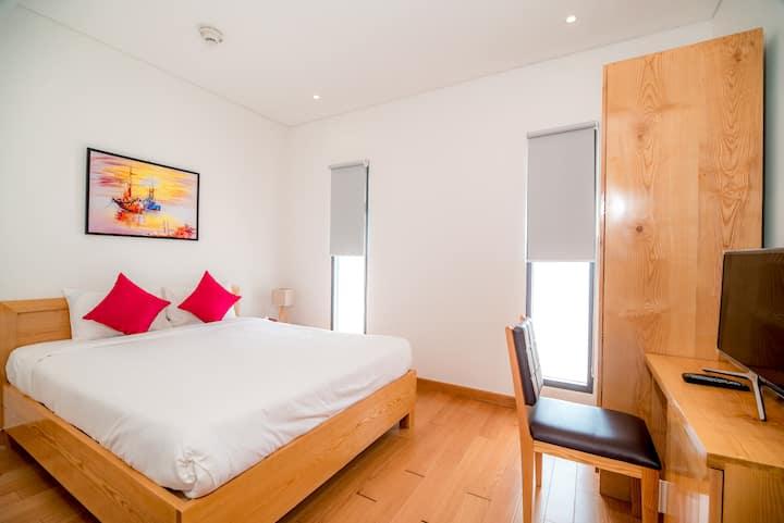 Seaview Apartment 2 Bedroom FREE PICK UP