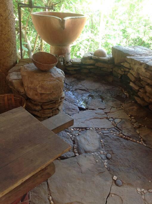 baño seco con vista a la cañada, una experiencia de contacto con la naturaleza