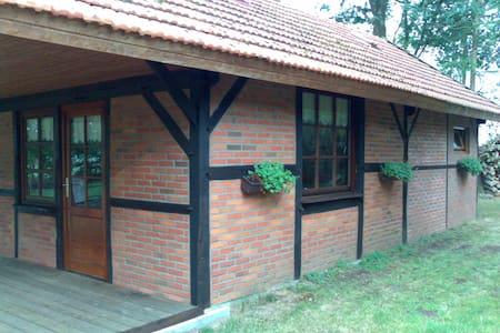 Vakantiehuis am Wäldchen - Uelsen