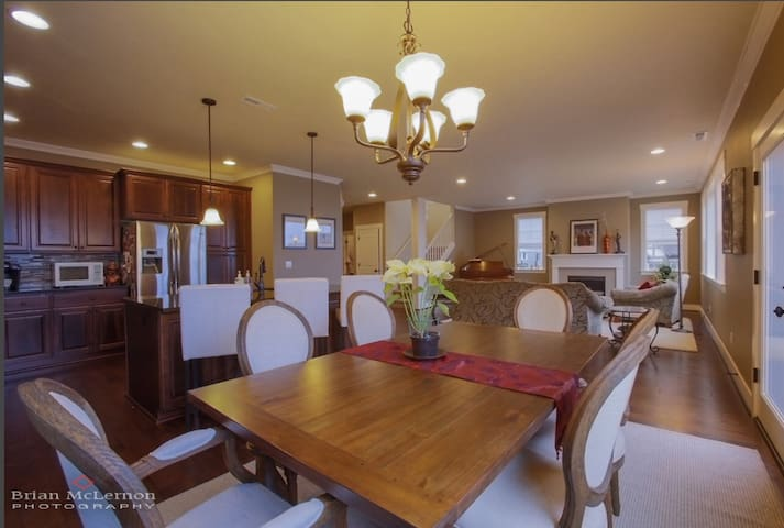 Centrally located in wine country - Beaverton - House