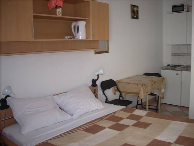 Apartments Jakoubek / Studio A2 - Rogoznica