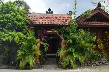Saung Sawah