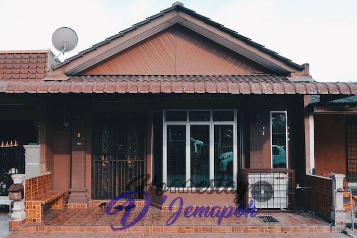 Homestay D'Jemapoh