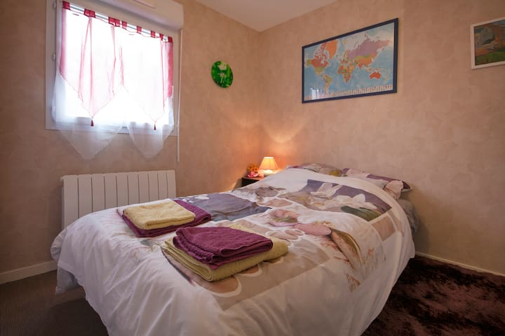 Private room 30 minutes from beach - Kemper - Pis