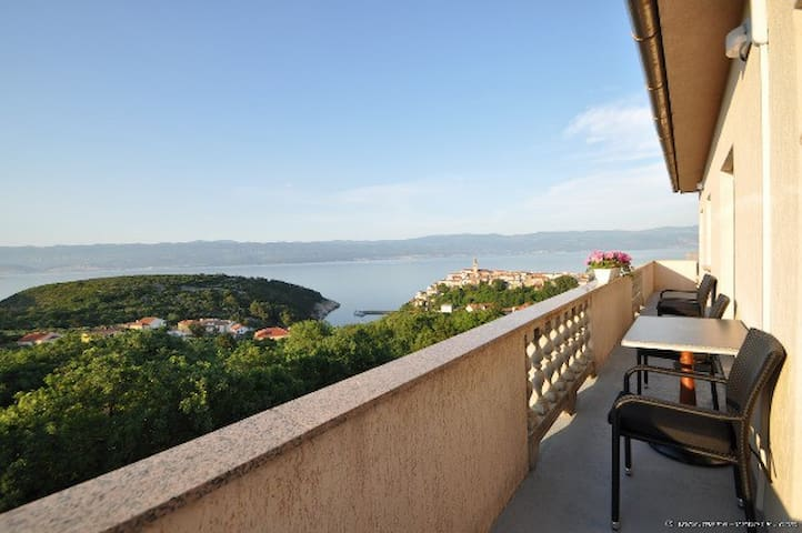 Studio Ane 2 with breathtaking sea view - Vrbnik - Appartement