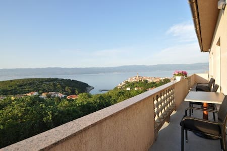 Studio Ane 2 with breathtaking sea view - Vrbnik