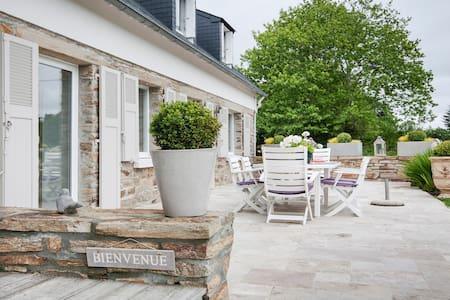 Maison en pierre, tout confort - La Forêt-Fouesnant