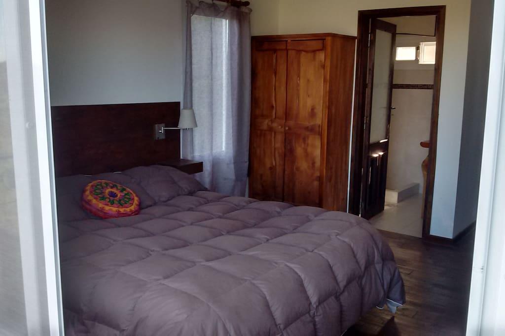 Habitación para dos o tres personas. Monoambiente