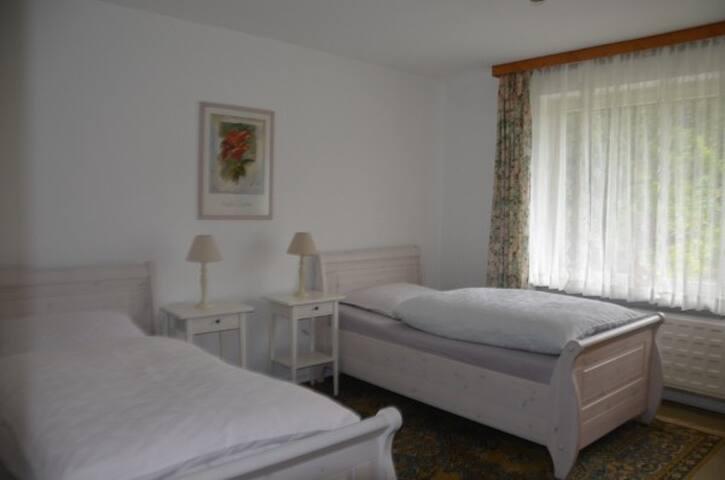 Gästehaus Schramm, Doppelzimmer EG - Klein Barkau - Casa