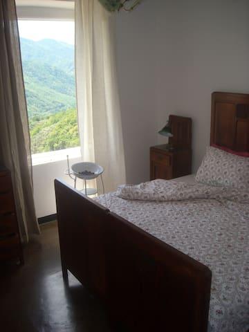 Un'oasi nel verde entroterra ligure - San Colombano Certenoli - Lägenhet