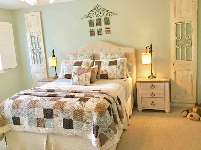 Beautifully appointed Large Master bedroom ensuite