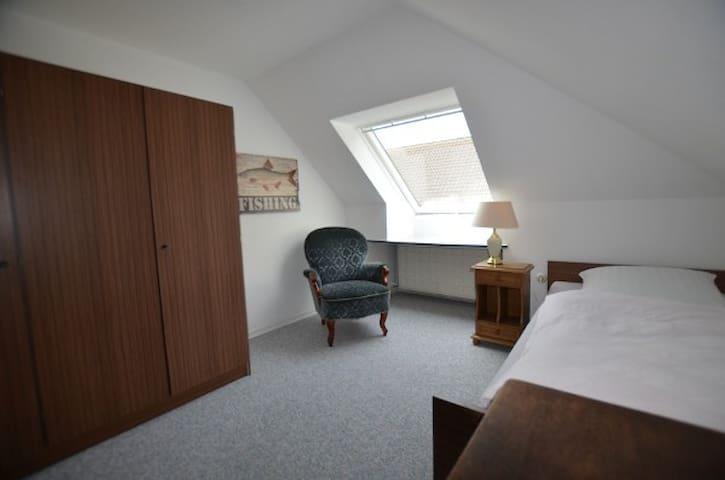 Gästehaus Schramm, Einzelzimmer OG - Klein Barkau - Appartement