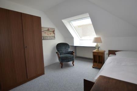 Gästehaus Schramm, Einzelzimmer OG - Klein Barkau
