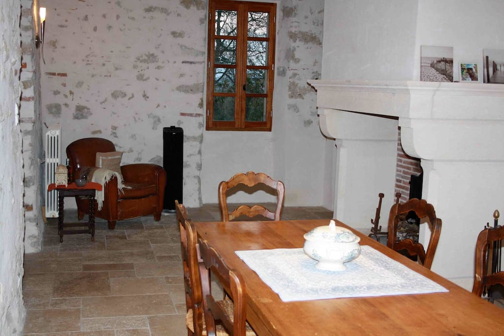 bienvenue au passe simple huizen te huur in daumazan sur arize midi pyrenees frankrijk. Black Bedroom Furniture Sets. Home Design Ideas