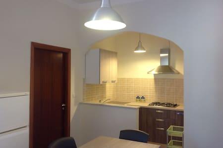Appartamento con ampio terrazzo - Palinuro