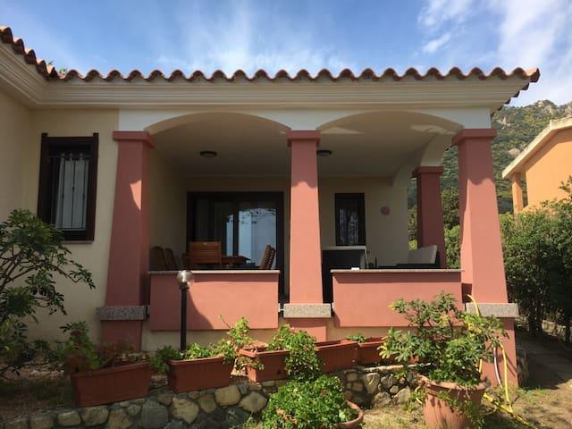 Magnífica casa con jardín