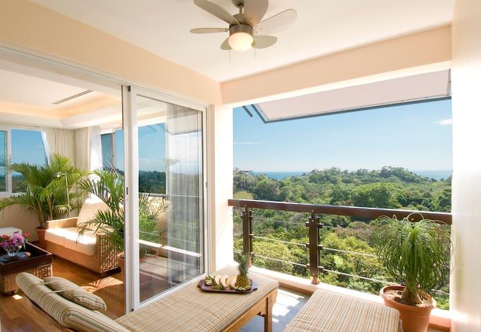 Luxury in Paradise - Suite Deal - Manuel Antonio - Bed & Breakfast