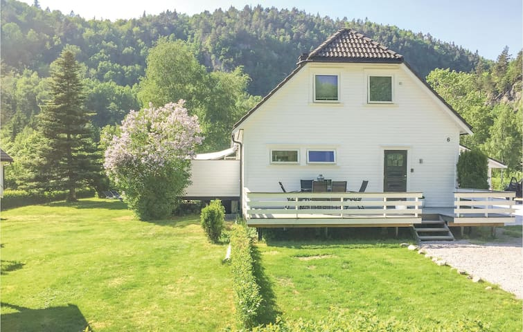 Holiday apartment with 1 bedroom on 58m² in Vennesla