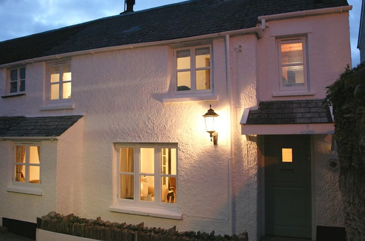 Stylish cottage in Mortehoe - Mortehoe - Ev