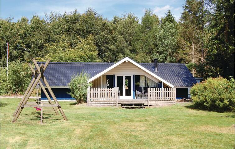 Holiday cottage with 3 bedrooms on 75m² in Toftlund