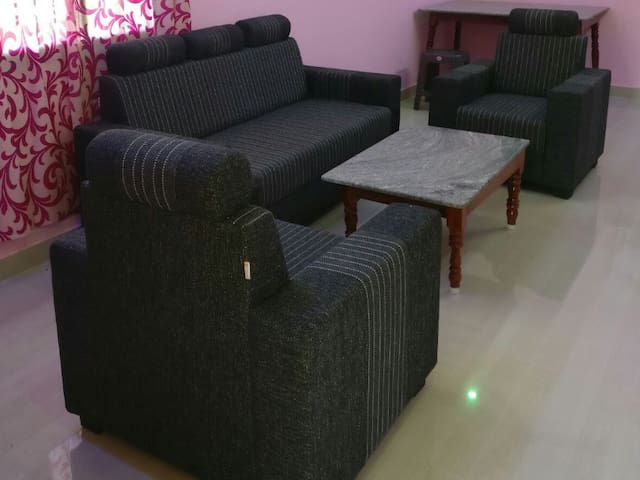 Shanti Kutir- 3BHK with WiFi, Scooty and bicycle