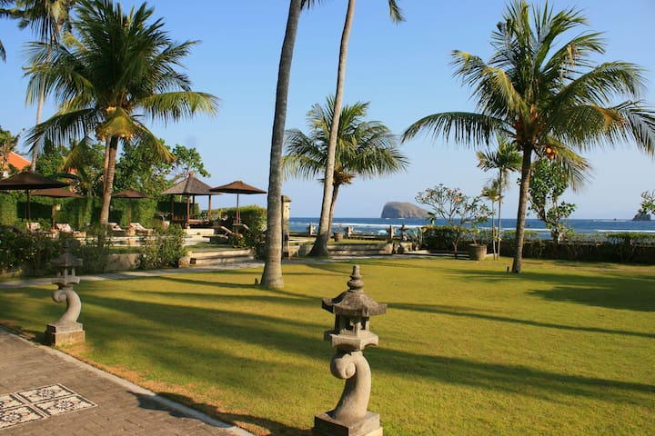 Amazing Sea View Garden Superior room in Candidasa