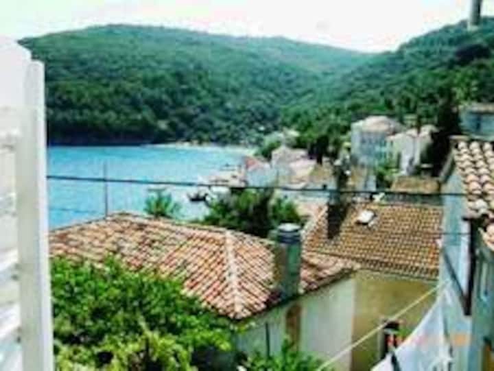 Holiday House Valun