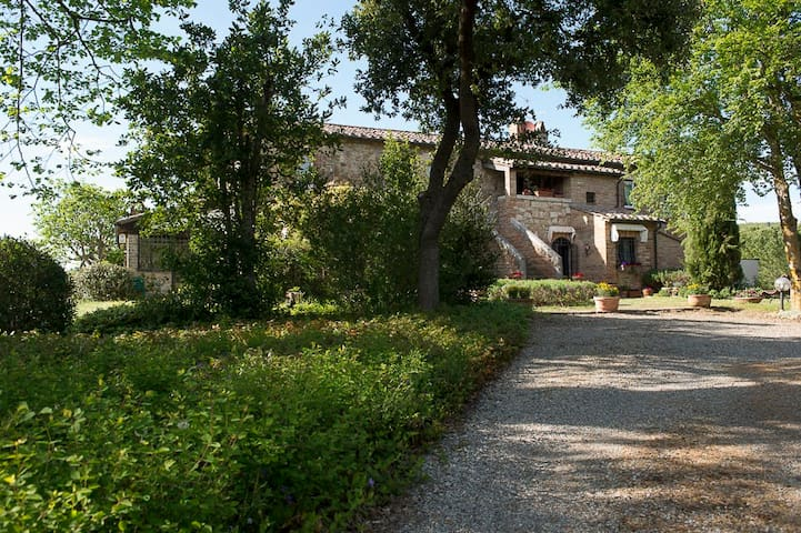 Luxury Country Villa in Val d'Orcia, great view!! - Chianciano Terme - Casa