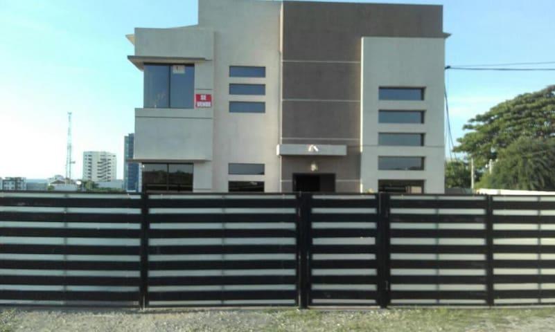 Alquiler de Departamento. Punta Blanca Santa Elena