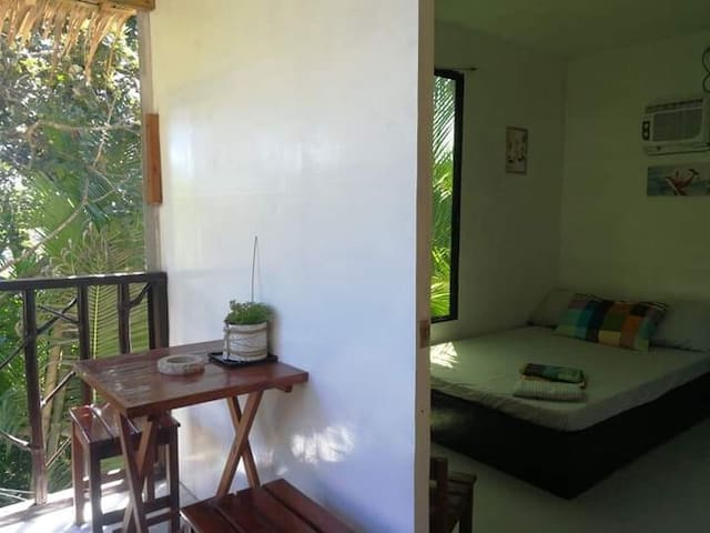 Happy Huts Romantic Bedroom A★w/Breakfast★