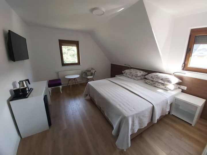 Double room, 3 min from park entrance 2