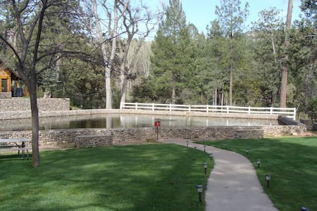 Charming Cabin on Tonto Creek with Fishing Pond