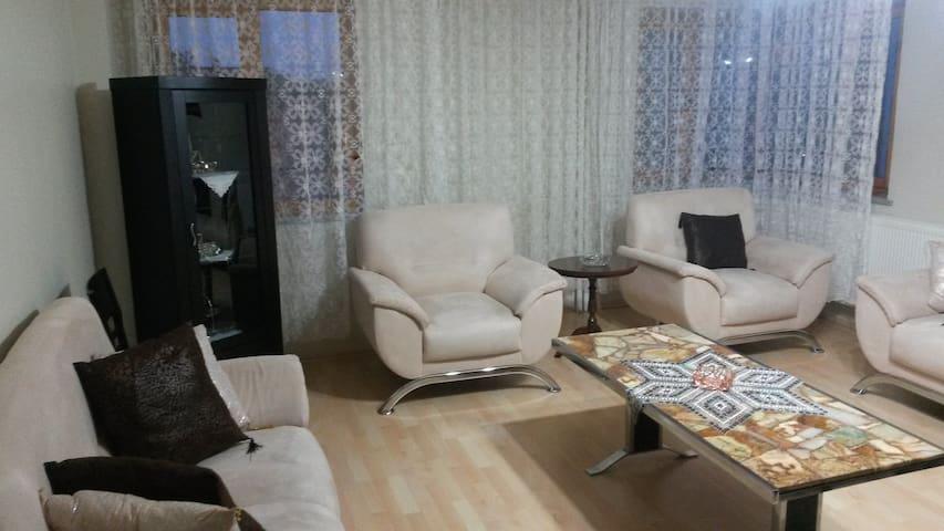 Sivas Merkezde Eviniz Kadar sıcak - Sivas Merkez - Lägenhet
