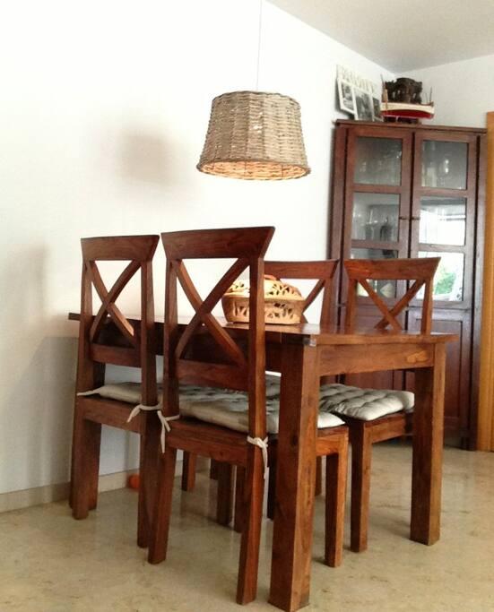 Apartamento luminoso cerca playa wohnungen zur miete in for Muebles castelldefels