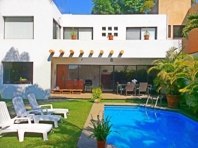 Preciosa casa minimalista - Cuernavaca - Casa
