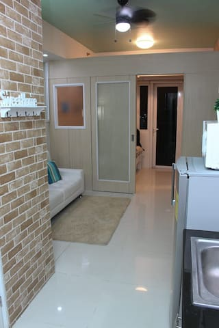 Modern condo with WIFI and Cable TV #57