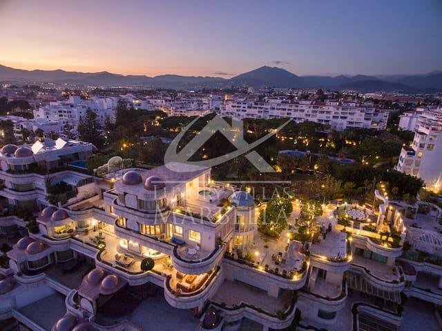 Puerto Banus - luxury 3 floor penthouse