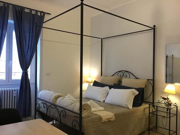 COLONNA -  Triple Suite City View Shower